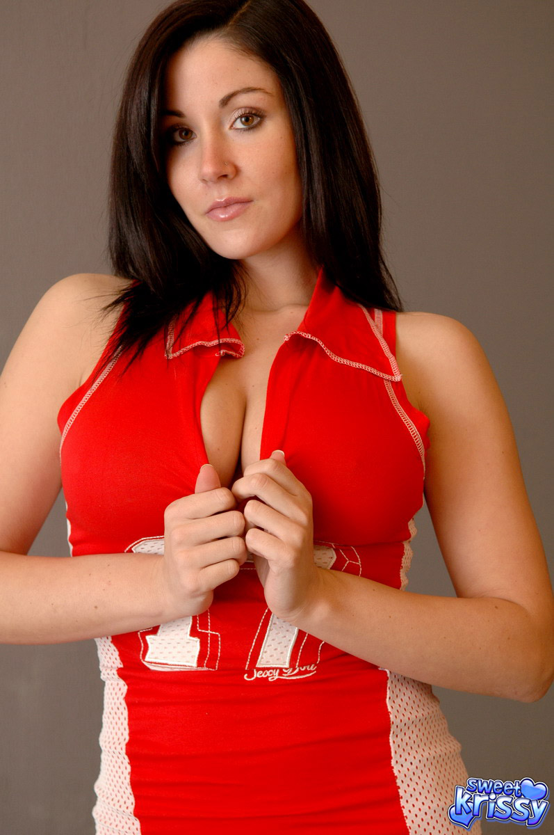 Stephanie mcmahon sexy boobs